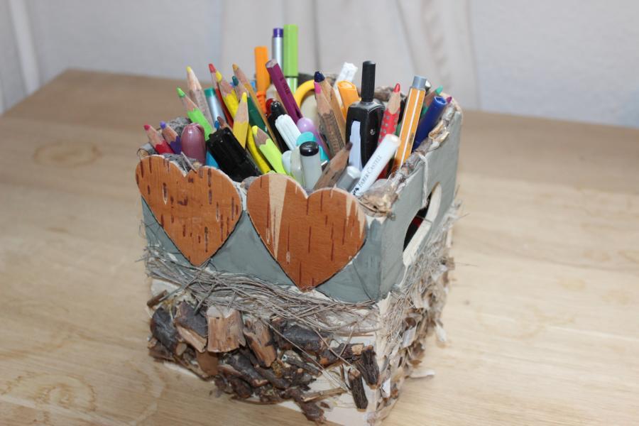 Stiftebox aus Naturmaterialien
