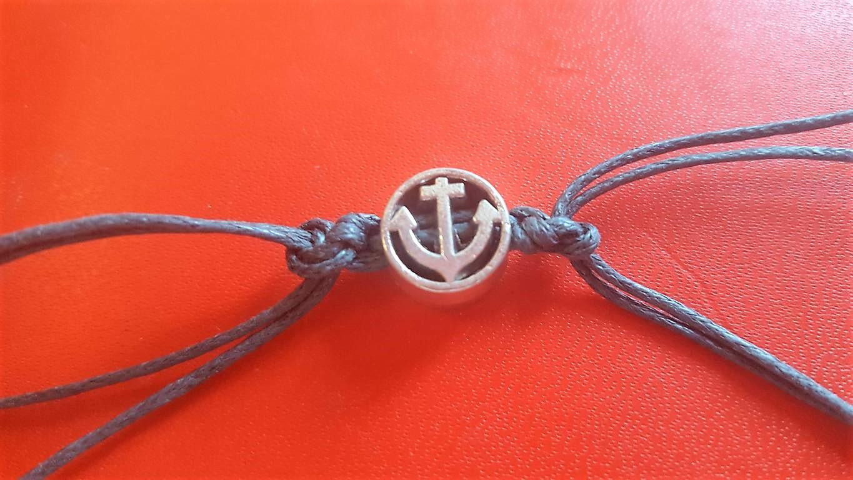 anker knoten armband mit magnetverschluss hand im gl ck mein do it yourself portal. Black Bedroom Furniture Sets. Home Design Ideas