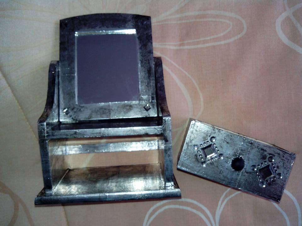 Spiegelkommode selbstgemacht im Metall Look mit Alutape HandimGlück (2)