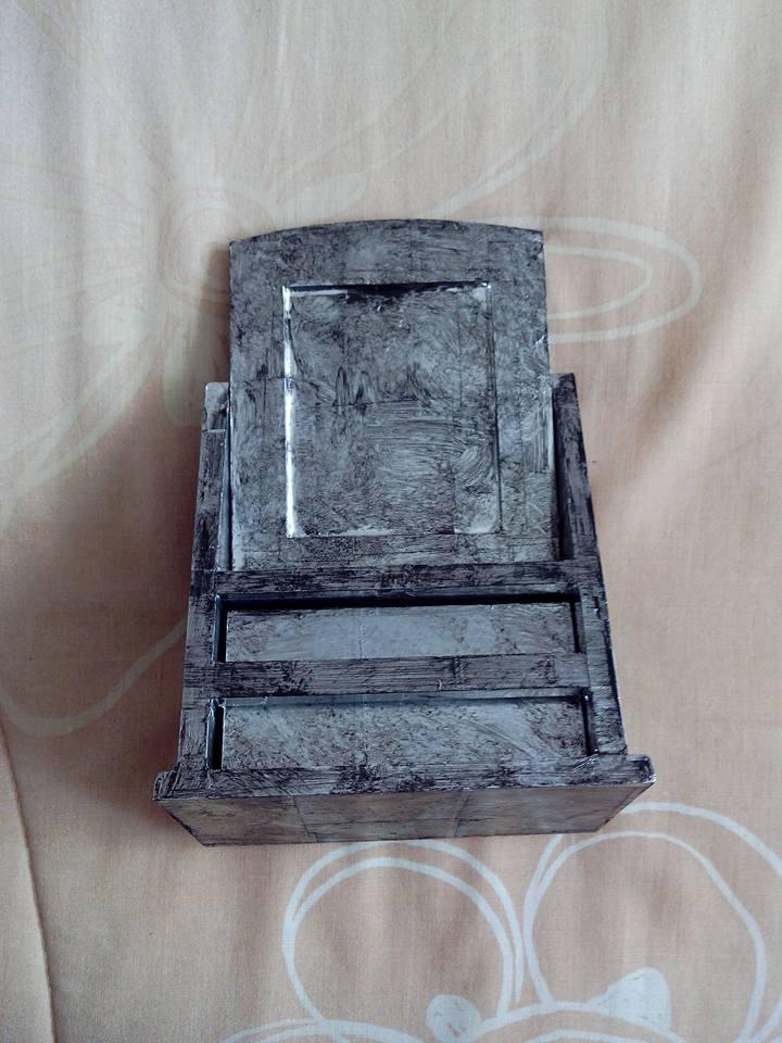 Spiegelkommode selbstgemacht im Metall Look mit Alutape HandimGlück (3)