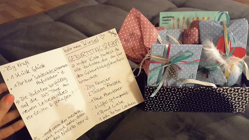 Geburtstagsrezept-induvidelles-Geschenk-zum-Geburtstag-Hand-im-Glück