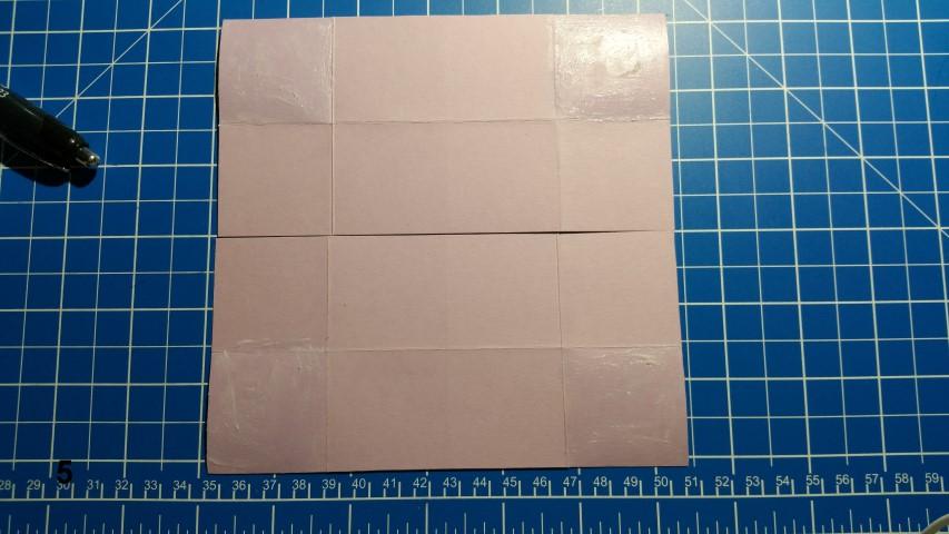 Uhrkarte Schritt 5 Papier an den Außenseiten falten auf beiden SeitenHand im Glück