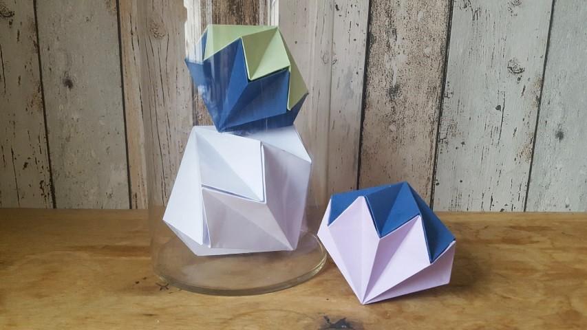diamant aus papier hand im gl ck mein do it yourself. Black Bedroom Furniture Sets. Home Design Ideas