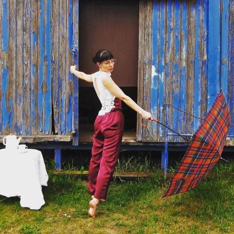 Goria Sophie Wille mit Schirm Hand im Glück (Small)