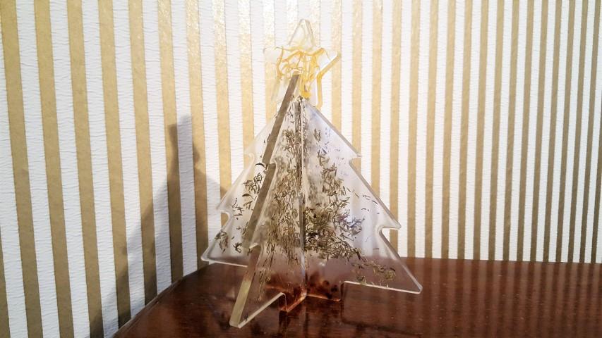 tannenbaum steckdeko aus gießharz - hand im glück