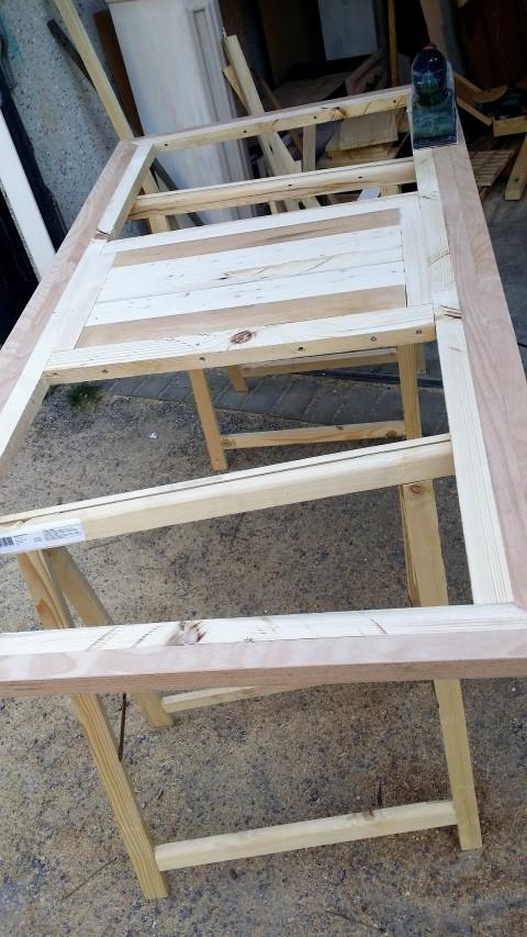 Tischplatte selbstgemacht aus Restholz_Hand_im_glück (5) (Small)
