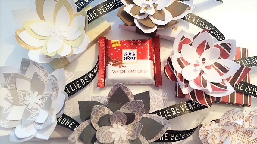 Mini Ritter Sport Verpackung mit festlicher Blüte Stampin ´up Hand im Glück