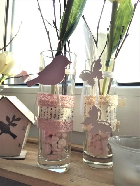 DIY Vasen und Gläser für den Frühling dekorieren (3)