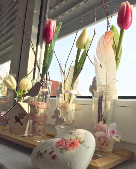 diy vasen gl ser dekorieren f r den fr hling hand im gl ck mein do it yourself portal. Black Bedroom Furniture Sets. Home Design Ideas