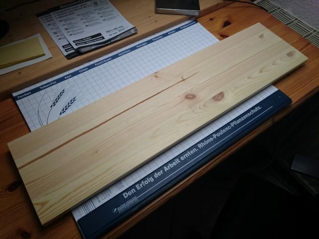 Bilderrahmen Bilderwand selberbauen aus Holzplatte und Holzleiste Hand im Glück (2)