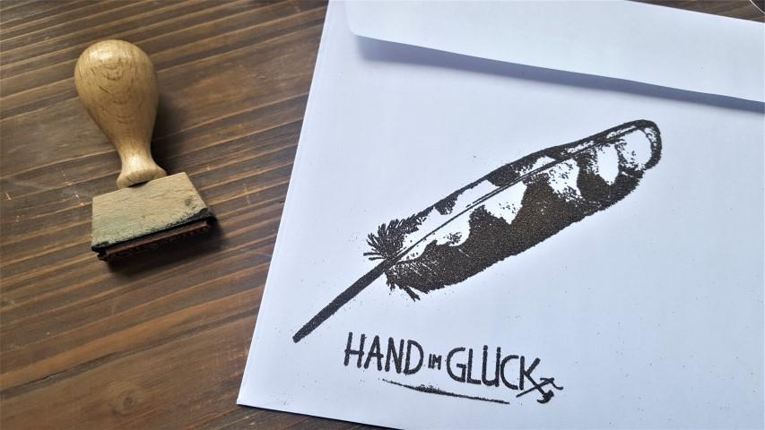 DIY Prägung durch Embossingpulver_Hand_im_Glück (14) (Small)