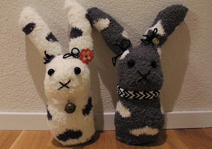 Osterhase-aus-Socken-selber machen-Katrin-Schreiber (Small)
