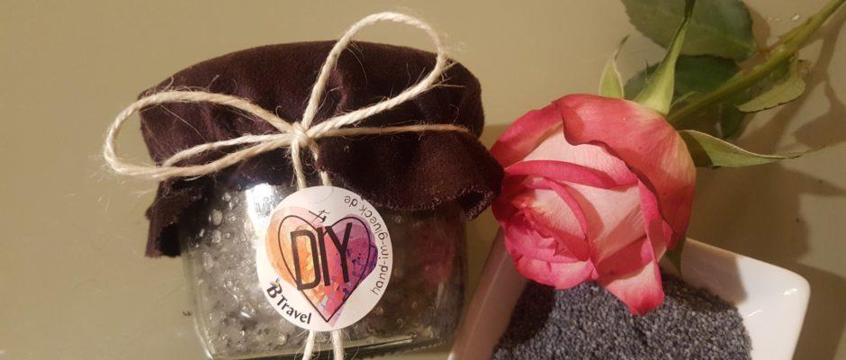 DIY Mohn-Zucker Peeling für schöne Haut_hand im glueck (15)
