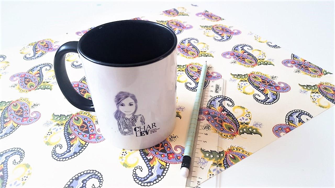 Hand im Glück Tassenverpackung aus Papier Materialien
