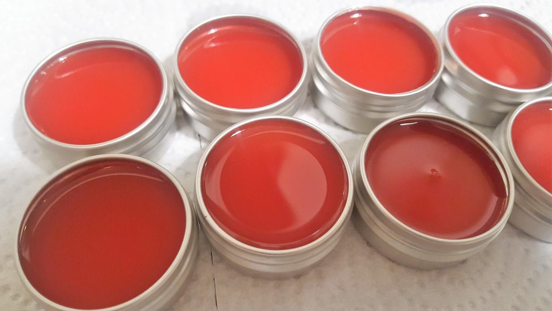 Natürliches DIY Lippgloss mit Sheabutter und Orangenöl selber machen (9)
