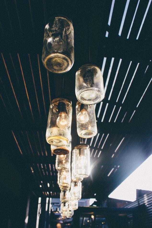 Lampen aus alten Schraubgläsern Upcycling