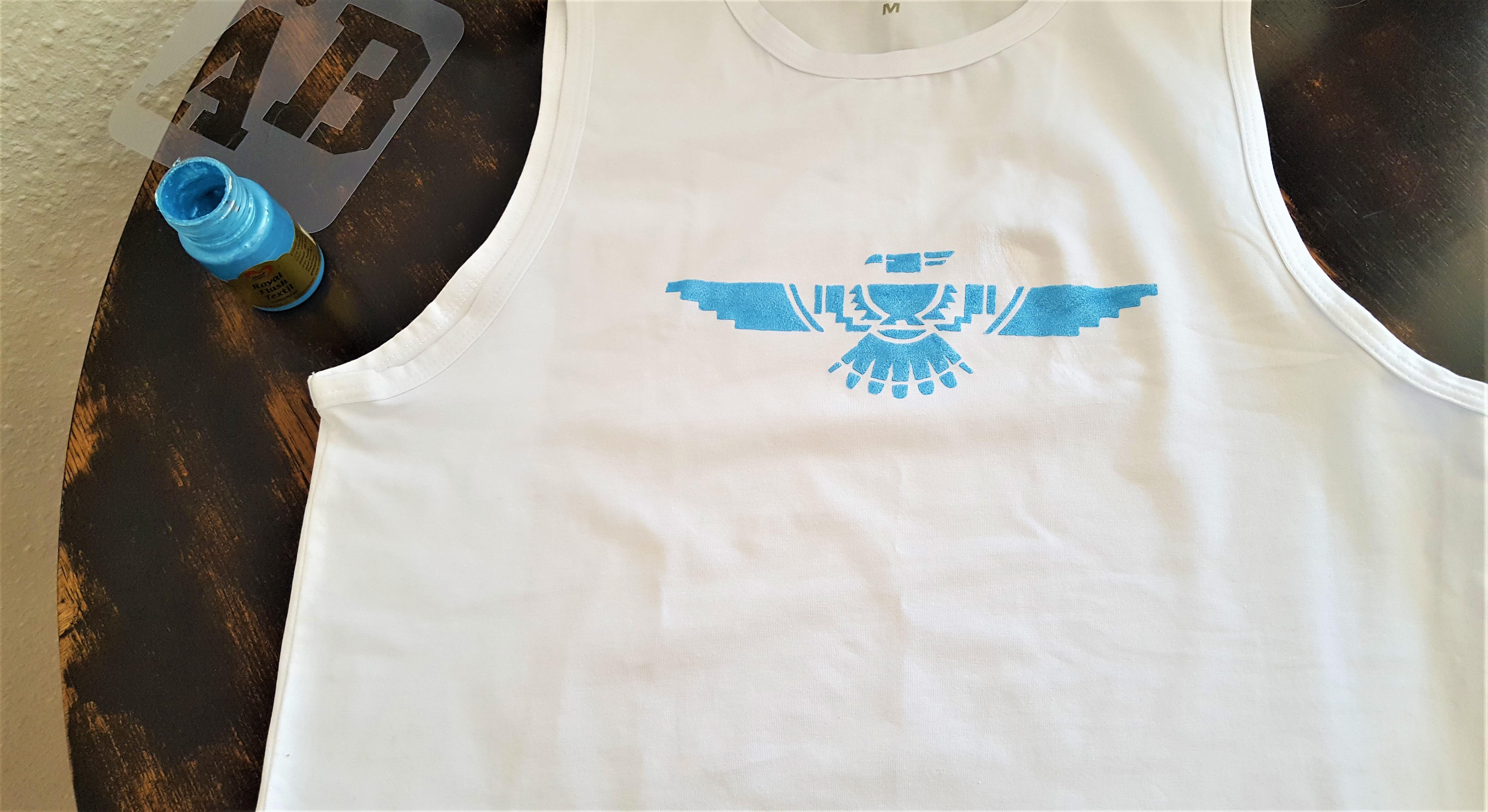 Shirt mit Schablone selber bedrucken5_hand-im-glueck.de