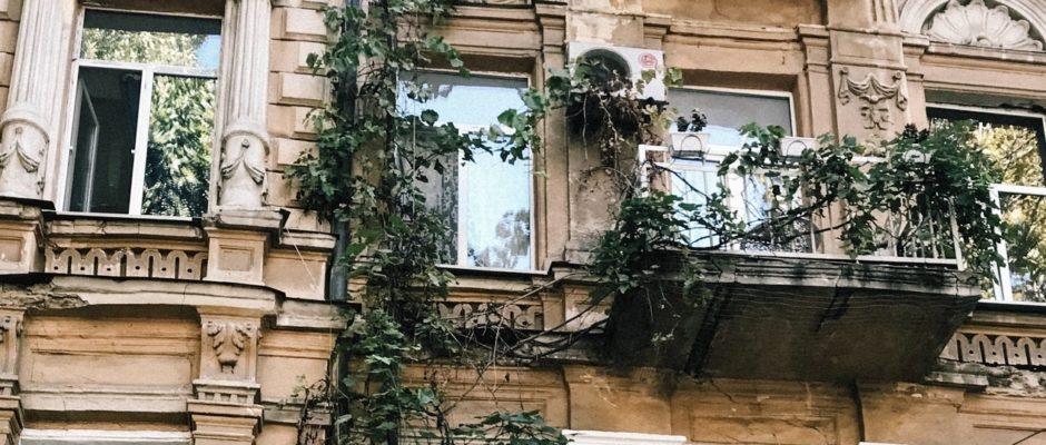 Was braucht ein Balkon alles im Sommer?