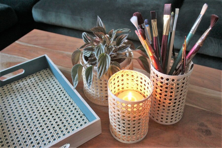 DIY Teelichthalter, Blumentopf & Stiftbehälter aus Rattan